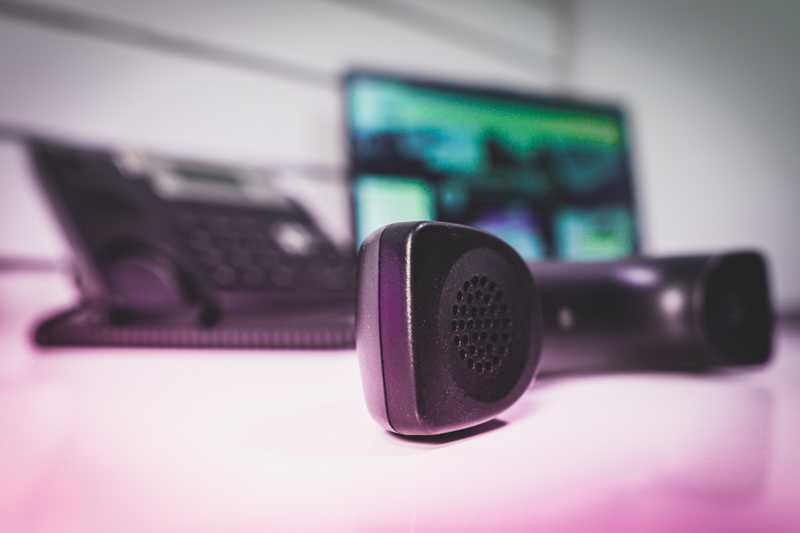 Oszustwa telefoniczne i ochrona prywatności